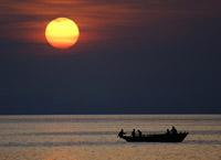 Озеро Танганьика, cамое протяженное озеро в мире, Африка.