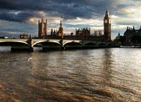 Темза, река в Лондоне.